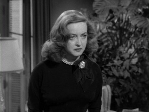 Bette-in-All-About-Eve-bette-davis-4477073-500-377