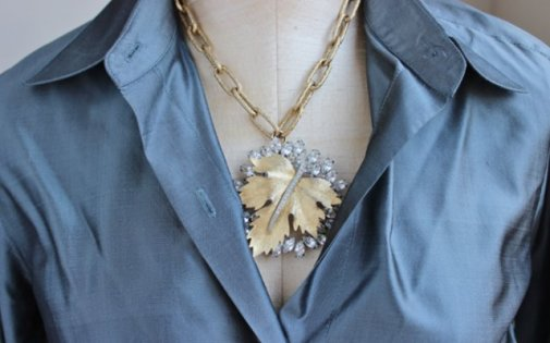 close up leaf rhinestone necklace 18 inch close up