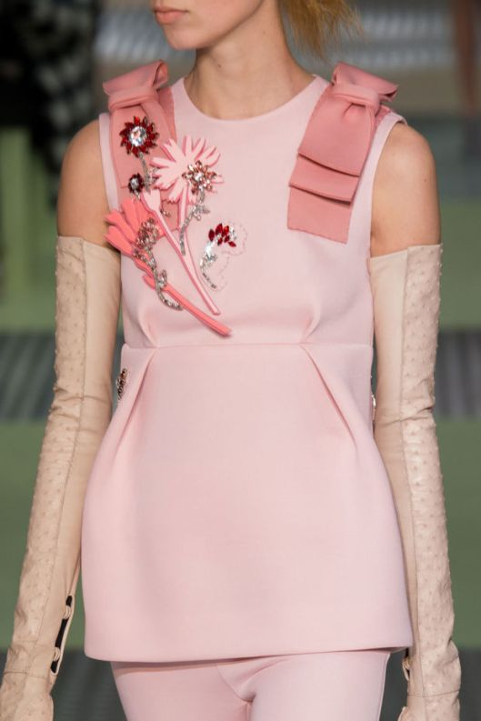 prada pink brooches floral